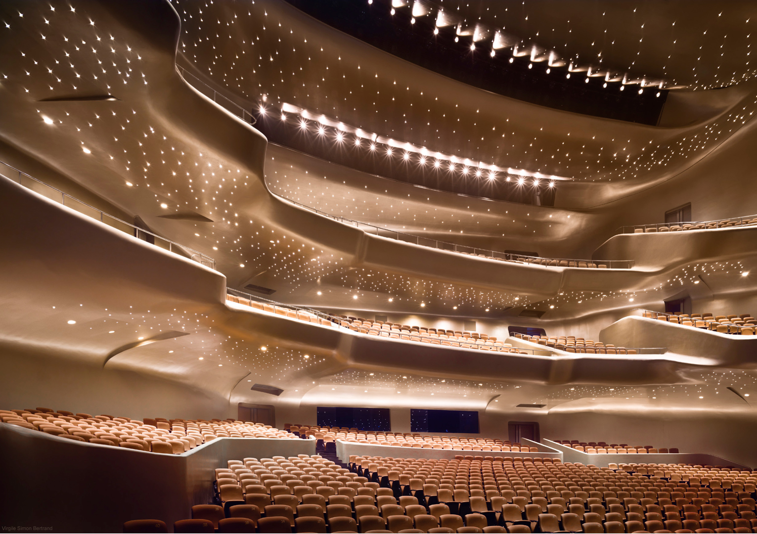 zaha hadid Guangzhou opera 2